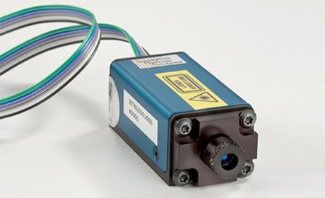 ハイブリッド狭線幅半導体レーザーモジュール
