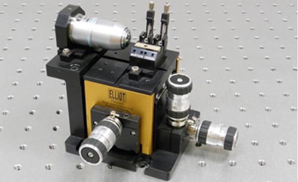 手動ステージ  Elliot Scientific ファイバーアライメントシステム(デモ機あり)